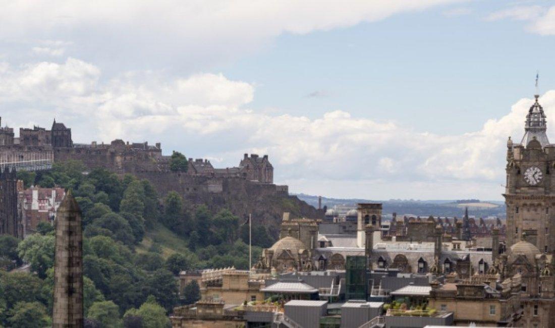 Edimburgo: in viaggio con Robert Louis Stevenson | Guide Marco Polo